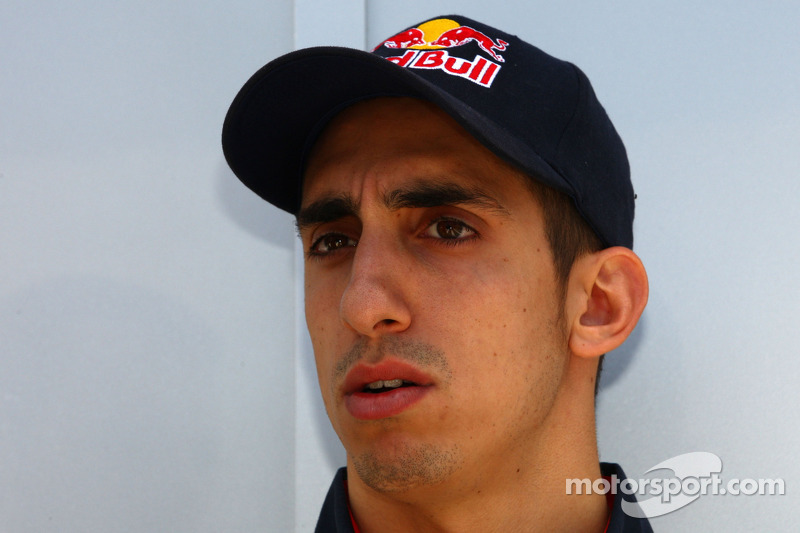 Buemi to be Red Bull reserve driver in 2012 - report