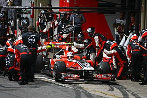 Marussia delays 2012 car track debut until March