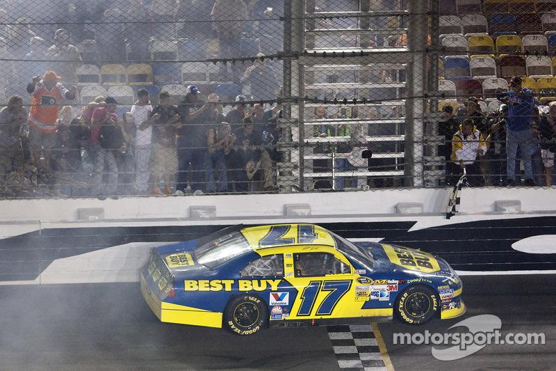 Ford teams Daytona 500 race notes, quotes