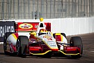 Helio Castroneves runs away from the field to win at St. Pete 