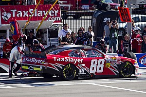 JR Motorsports  switches crew chiefs in effort to tweak performance