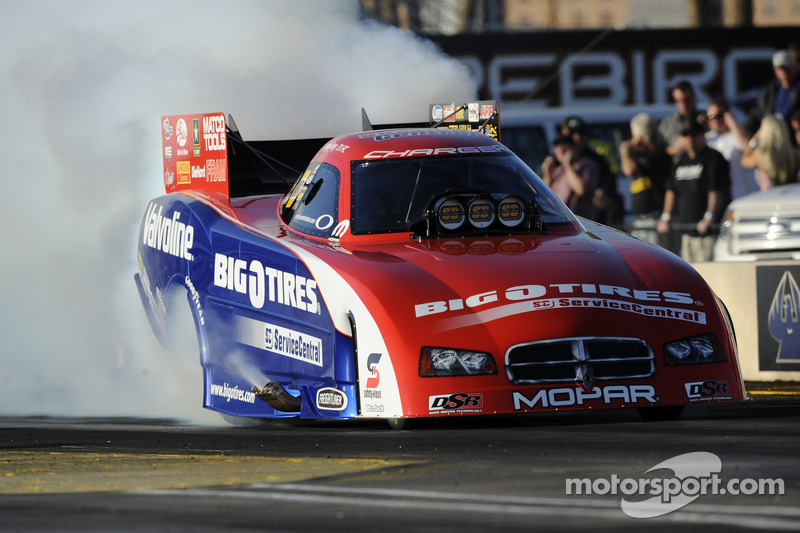 Johnny Gray takes Funny Car win at Englishtown