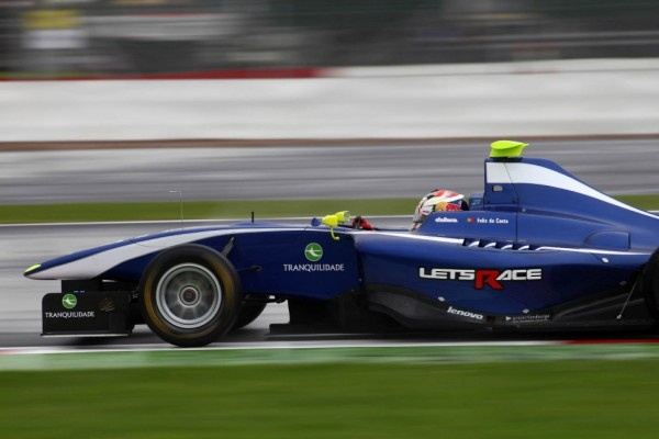 Felix Da Costa takes commanding win in Silverstone
