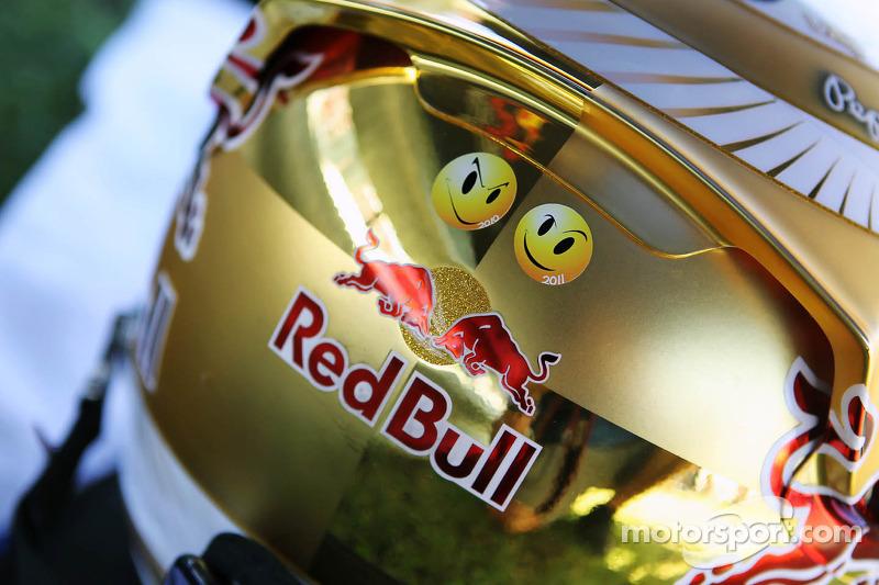 Sebastian Vettel's new gold helmet design
