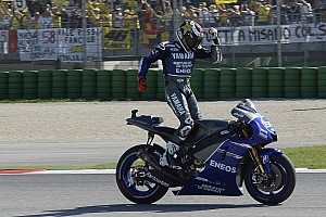 Lorenzo leads from start to finish on his Bridgestone tyres for Misano victory