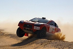 Cross-Country Rally Stage report Schlesser takes the Pharaons Rally lead after Al-Mutaiwei struggles