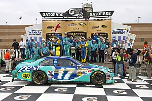 Kenseth gives Roush Fenway Kansas sweep