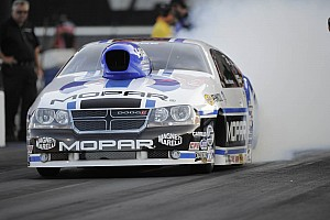 NHRA Qualifying report Mopar Pro Stock driver Johnson earns preliminary pole at Las Vegas