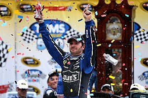 NASCAR Sprint Cup Race report  Johnson storms to victory at Martinsville and takes point lead