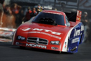 NHRA Qualifying report Gray produce a good showing on first day of NHRA Finals at Pomona