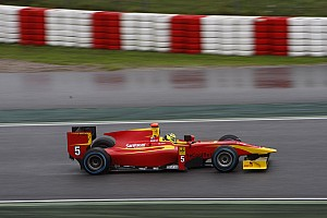 GP2 Preview Racing Engineering prepared for testing at Jerez de la Frontera Circuit