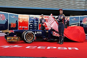 Formula 1 Breaking news Scuderia Toro Rosso unveils new car: STR8 Away! - video