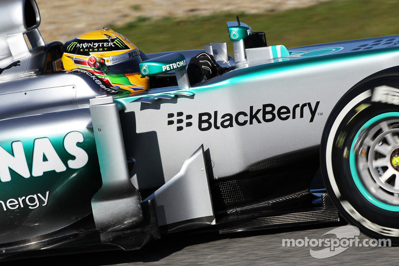 Mercedes's Hamilton had early end to second day of Jerez testing