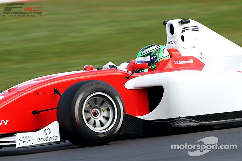 Marussia Manor Racing signs Dino Zamparelli