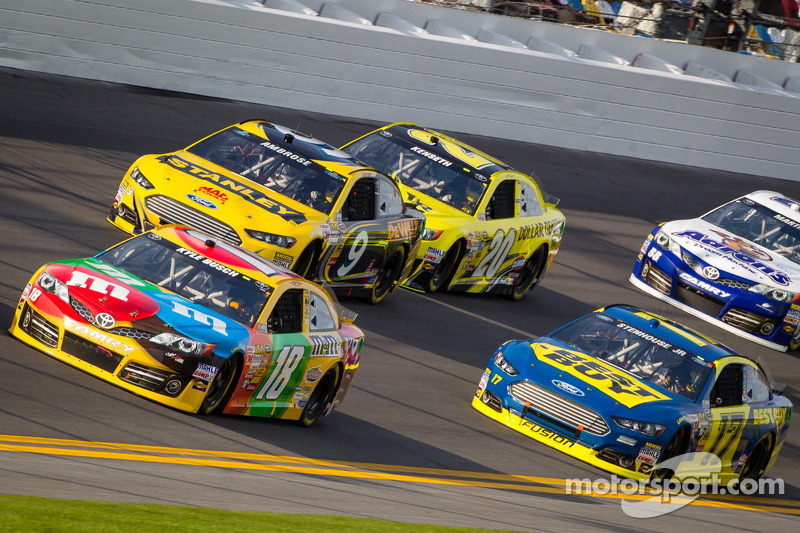 Kyle Busch NSCS Phoenix advance and team report