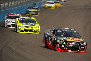 NASCAR Sprint Cup Race report Stewart finishes eighth in back-and-forth race at Phoenix