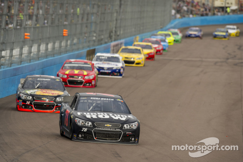 Kurt Busch sees top-10 performance fade in Phoenix