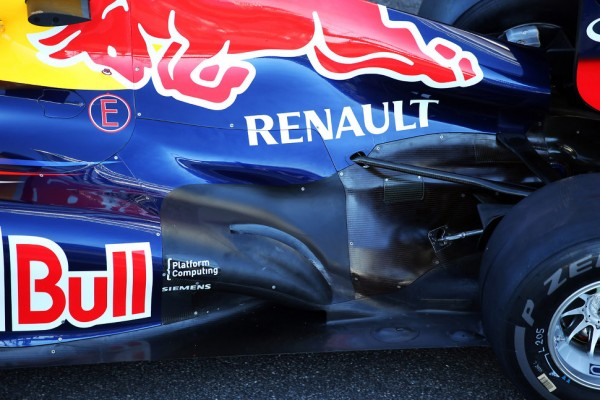 Red Bull could re-brand Renault engines 