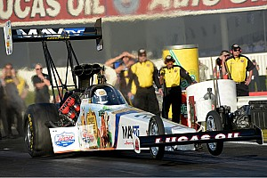 NHRA Race report Bernstein, crew forced to rally during eliminations at Gatornationals