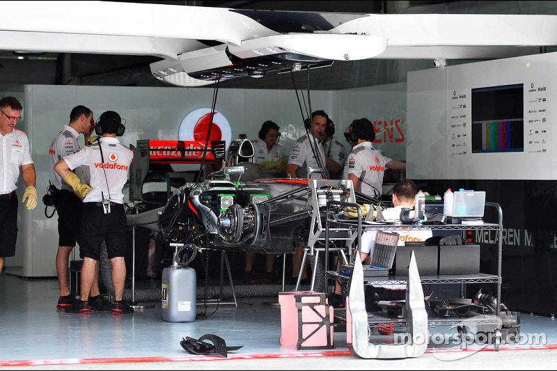 McLaren begins task to improve flawed 2013 car