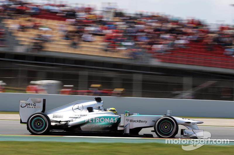 Pirelli: Three-stop race likely in Spanish GP