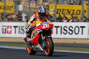Pedrosa seals convincing victory under grey French skies