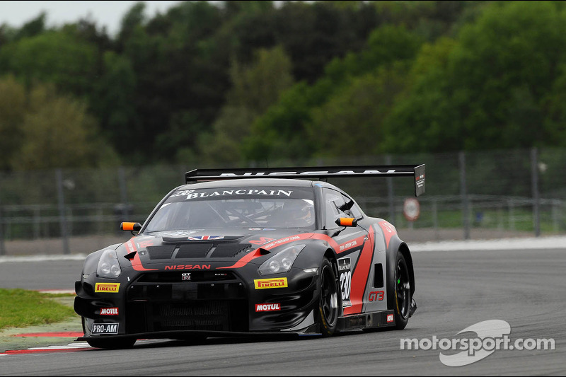 Nissan and Aston Martin star on Silverstone Saturday for the Blancpain Endurance event
