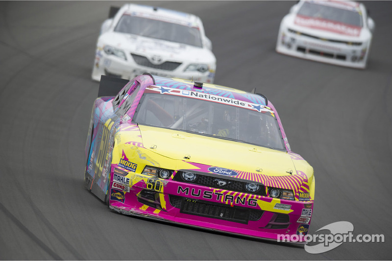 The No. 60 Roush Fenway Racing team battles to 17th