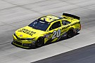 Kenseth claims Kentucky win for fourth victory with JGR