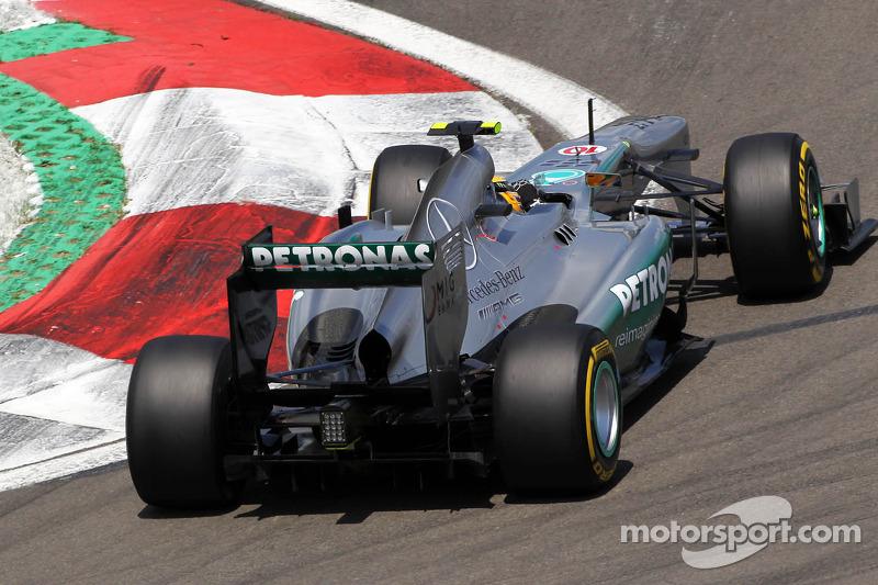 Hamilton draws level with Fangio on Pirelli P Zero