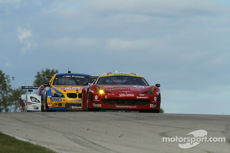 Wilden and Segal with Ferrari 458 Italia finishes fourth after great battles at Road America