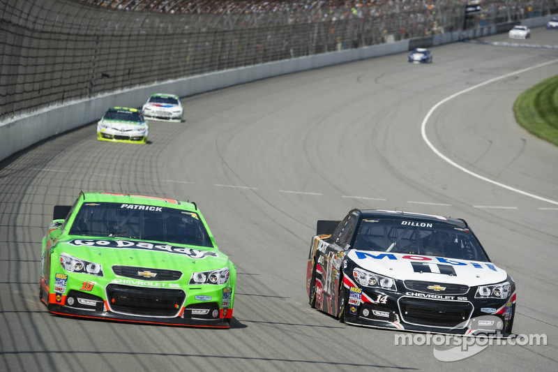 Danica Patrick hopes for solid finish under Bristol lights