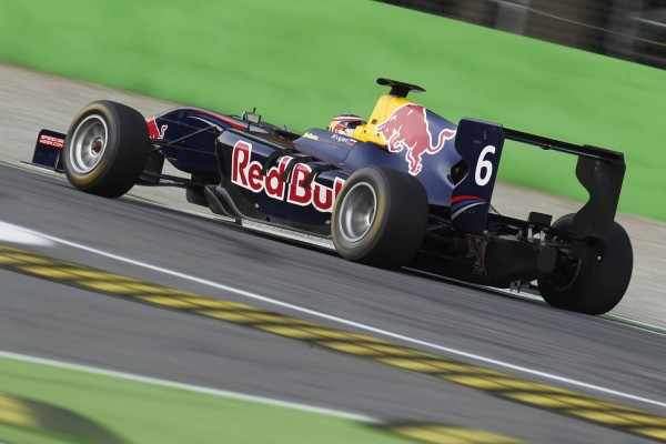 Kvyat flies to maiden pole in Monza