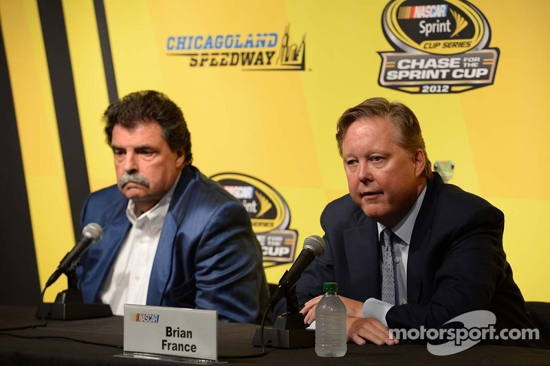 NASCAR sends strong message to competitors in Chicagoland meeting