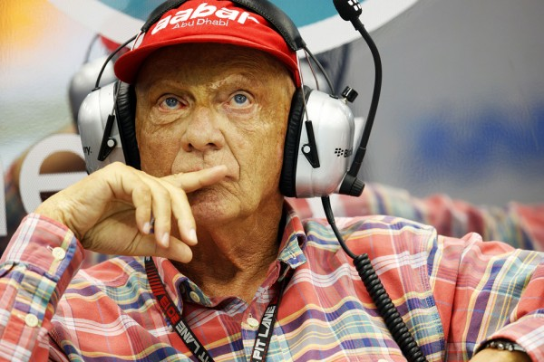 Lauda defends Vettel's 'balls in pool' comment