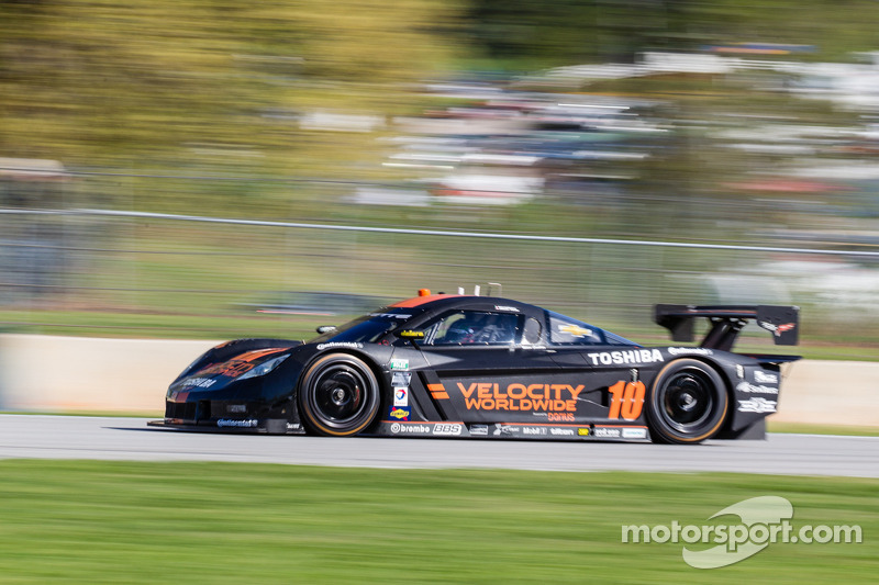 Max Angelelli, Jordan Taylor capture Drivers' Championship with Lime Rock Park win
