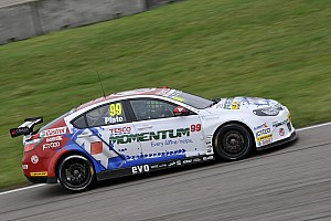 BTCC Qualifying report Plato on pole at Silverstone