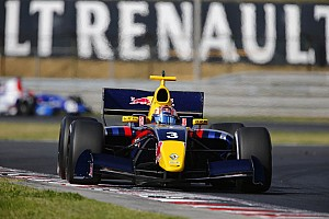 Formula 3.5 Race report 75,000 fans enjoy all-Renault action at Circuit Paul Ricard