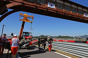 Formula 1 Practice report Lotus' Raikkonen destroyed part of his car on Friday practice in South Korea