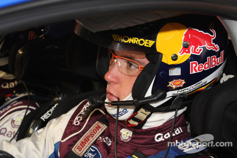 Neuville powers into Rallye de France lead on Friday