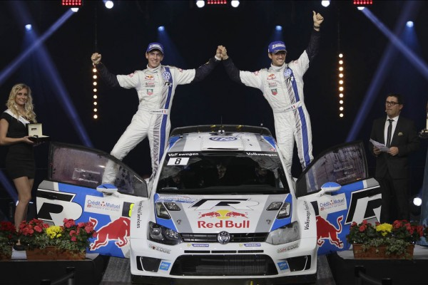 Ogier shows champion's class to win in France