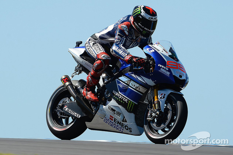 Lorenzo lands new lap record to claim pole position at Phillip Island