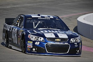 Johnson kicks in Phoenix weekend with pole
