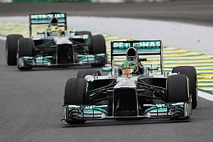 Rosberg reveals tyre failure in Bahrain testing