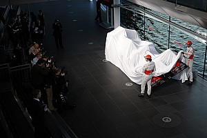 McLaren reveals 2014 car launch date