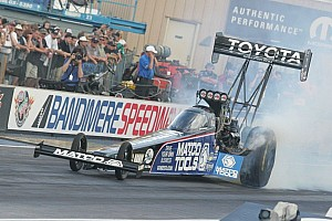 NHRA Testing report J. Force and Brown top final day pre-season testing