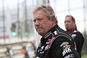 Hail to the King: Kinser Holds Off Pittman at DIRTcar Nationals