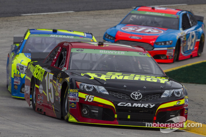 More frustration for Bowyer at Martinsville