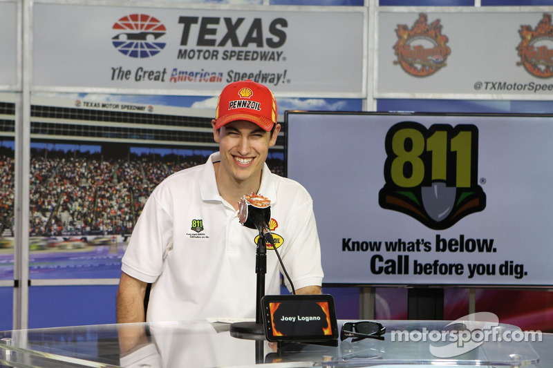 Ford Racing wins third race of 2014 as Logano takes Texas checkered flag