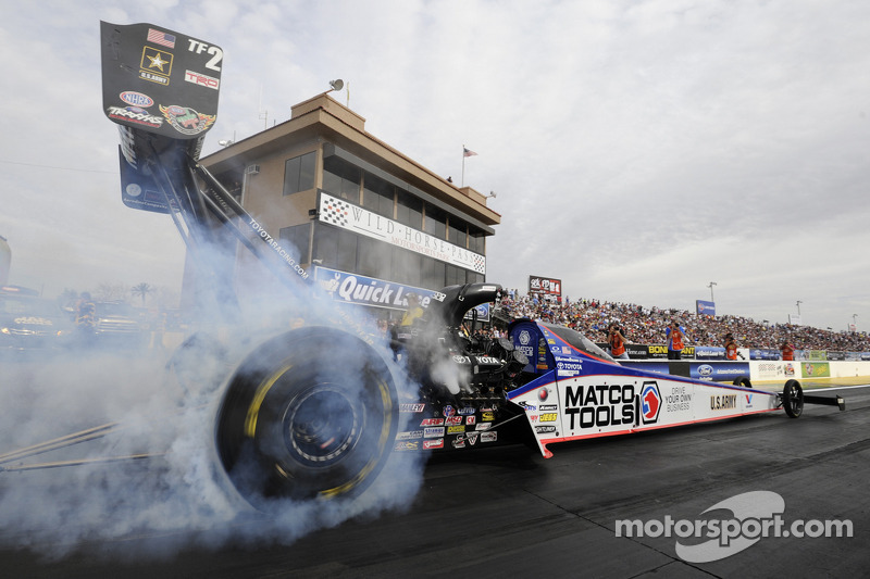 Antron escapes uninjured after horrific crash at Atlanta Friday - Video